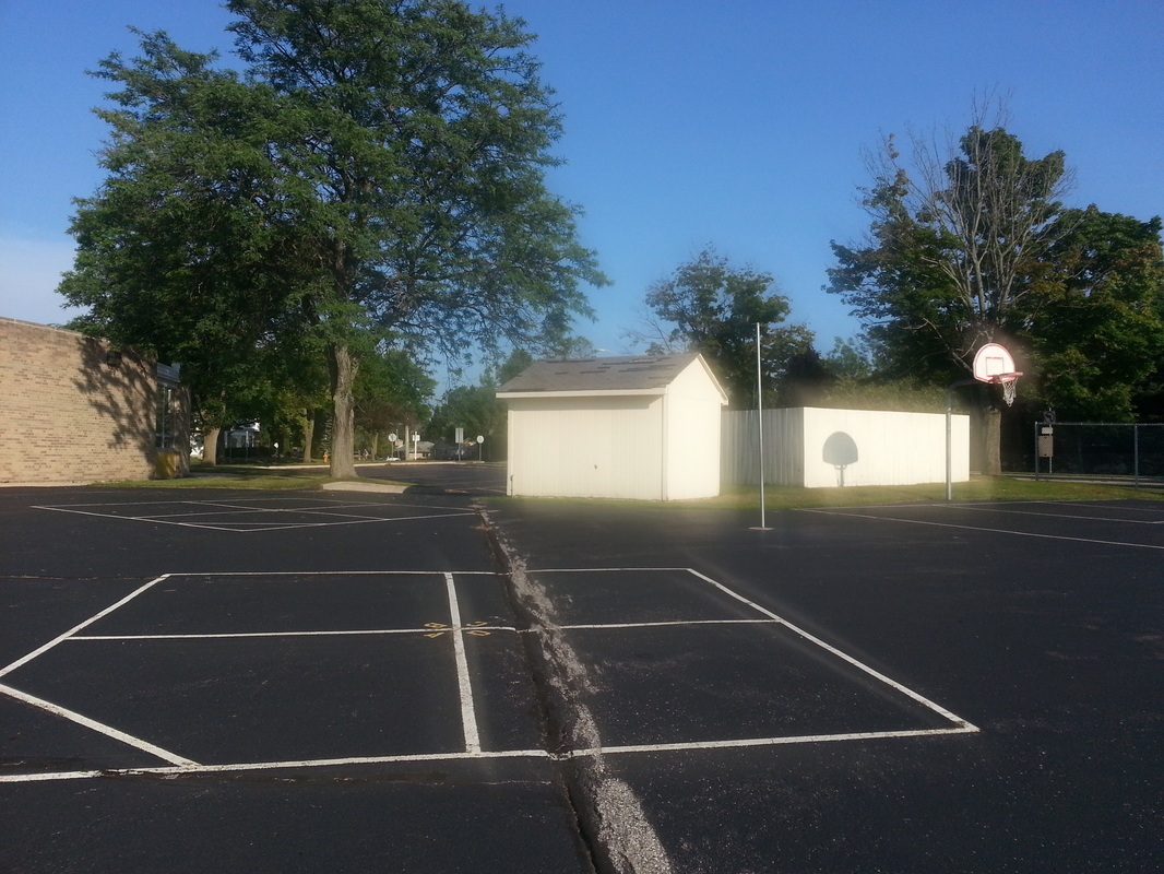 4-square courts